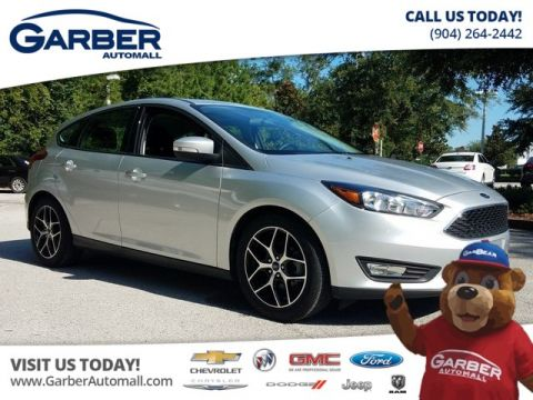 Pre-Owned 2017 Ford Focus SEL w/Sunroof