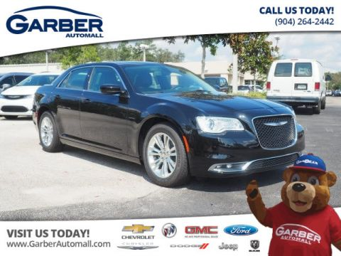 New Chrysler 300 Touring 4dr Sedan ' in Loaner Status'
