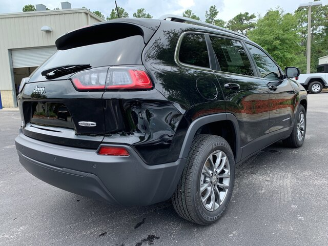 New 2019 Jeep Cherokee Latitude Plus, all Power, 2.4l engine