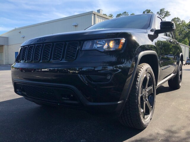 New 2019 Jeep Grand Cherokee Laredo Uplander 4x4 and Sunroof