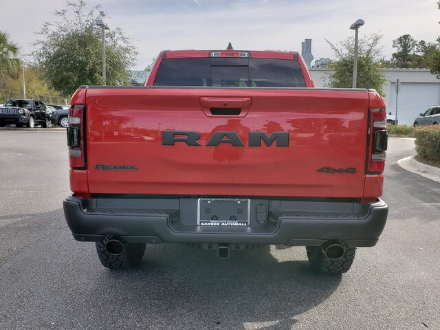 New 2019 RAM 1500 Rebel Crew 4x4 Hemi w/ Navigation