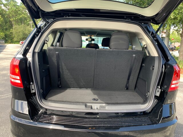 New 2019 Dodge Journey SE Premium Package