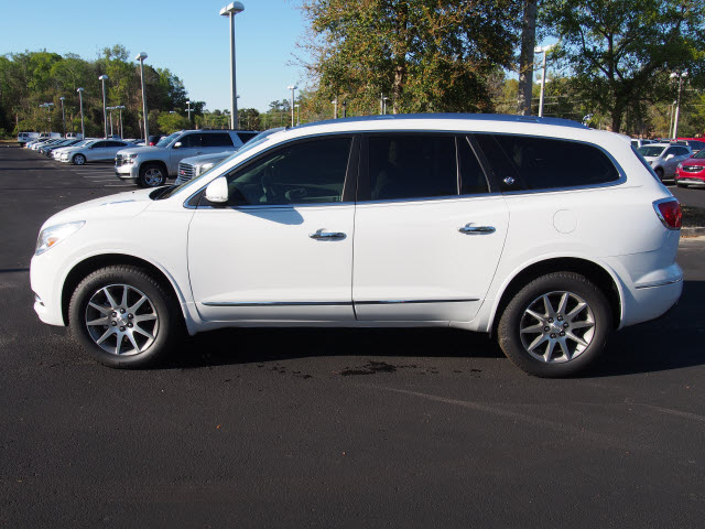 New 2017 Buick Enclave Convenience 4dr SUV SUV in Green Cove