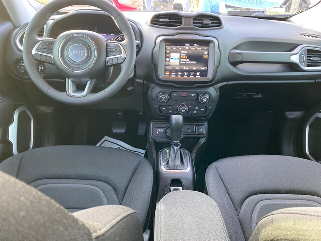 New 2020 Jeep Renegade Latitude 4x4, 8.4 Navigation""