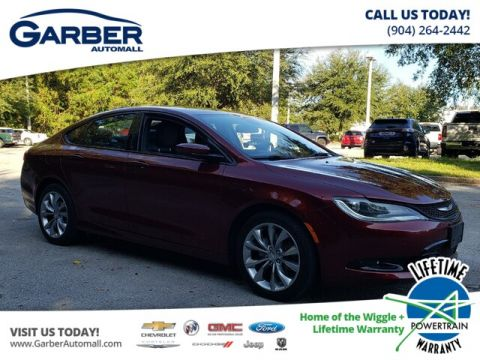 Pre-Owned 2015 Chrysler 200 S AWD