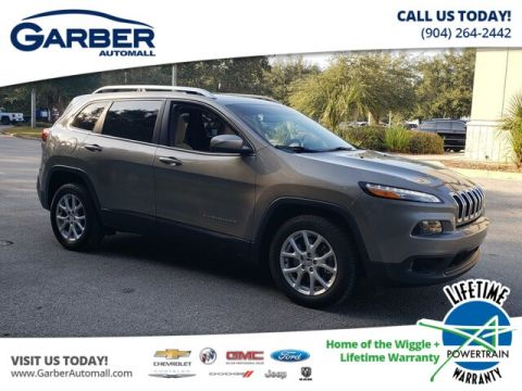 Pre-Owned 2017 Jeep Cherokee Latitude FWD SUV