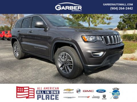 2020 Jeep Grand Cherokee Laredo With Navigation