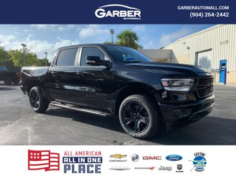 2020 Ram 1500 Big Horn 4x4, Night Edition, Pana-Roof, Navi 4WD