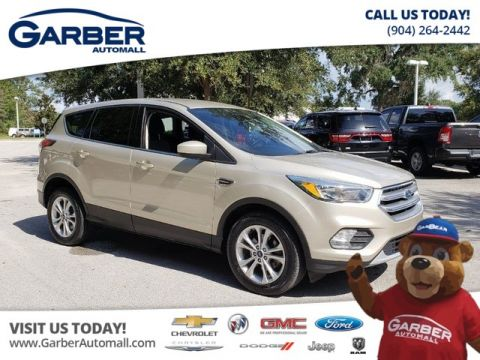 Pre-Owned 2017 Ford Escape SE w/Power Seat