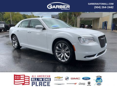 2019 Chrysler 300 Touring Leather Seats, 20 in. Wheels