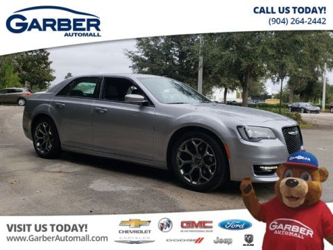 Pre-Owned 2018 Chrysler 300 S w/Navigation Sunroof