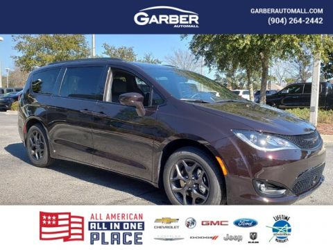 2019 Chrysler Pacifica Touring L ,DEMO W/EXTRA REBATES With Navigation