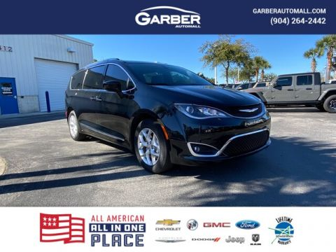 2020 Chrysler Pacifica Touring L, Leather Seats, Loaded